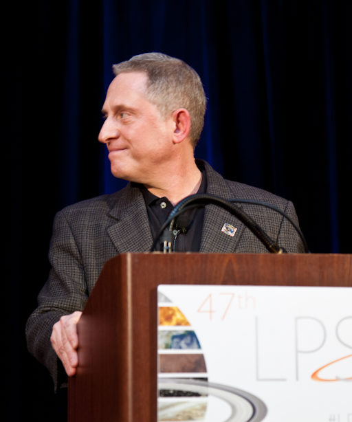 Alan Stern speaking at LPSC